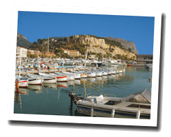 seaside holiday rentals Cassis