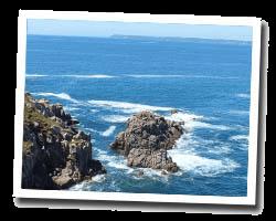 seaside hotels poullan_sur_mer