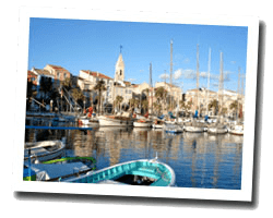 seaside holiday rentals Sanary-sur-Mer