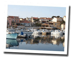 seaside holiday rentals Sausset-les-Pins