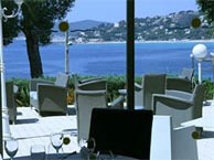 hotel with sea view 83-hotel-lavandou