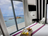 hotel with sea view Best-western-douarnenez