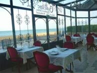 hotel with sea view cameline-plougasnou