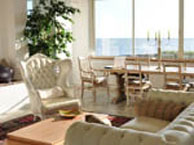 hotel with sea view chambres-hotes-les-embruns-le-pouliguen