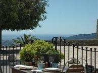 hotel with sea view chateau-cabris
