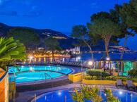 club-vacances-bleues-delcloy chez booking.com