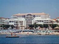 hotel with sea view continental_st_raphael