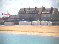 hotel with sea view cremaillere-courseulles