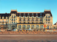 hotel with sea view grand_hotel_cabourg
