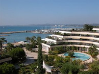 hotel vue mer holiday_inn_st_laurent_var