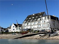 hotel with sea view hotel_plage_st_pierre_quiberon