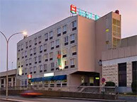 hotel with sea view ibis_boulogne_port