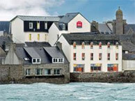hotel with sea view ibis_roscoff