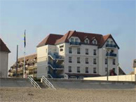 hotel with sea view ibis_villers_sur_mer