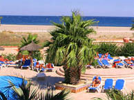 hotel with sea view lagune_st_cyprien