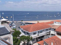 hotel with sea view le-b-arcachon