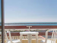hotel with sea view le-venise-sete