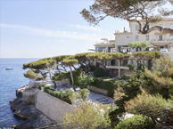 hotel with sea view les-roches-blanches-cassis