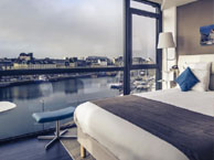 hotel with sea view mercure-cherbourg