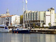 hotel with sea view mercure_la_rochelle