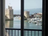 hotel with sea view nesle-larochelle