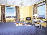 hotel vue mer orangers_cannes