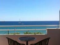 hotel with sea view palmiers-frejus