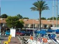 port-st-cyprien chez booking.com