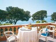 hotel with sea view provencal-issambres
