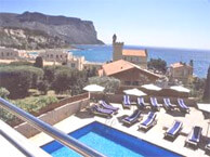 hotel with sea view rade_cassis
