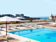 hotel with sea view radisson_blu_marseille