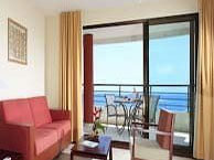 hotel with sea view ramada_plaza_noumea