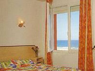 hotel with sea view regina-canet