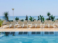 hotel with sea view sablettes-seyne-sur-mer
