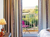 hotel with sea view talmont-logis-les-parcs