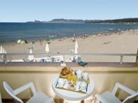 hotel with sea view tapis-sable-lecques