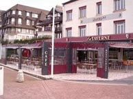 hotel with sea view taverne-trouville