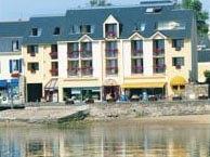 hotel with sea view thalassa-camaret