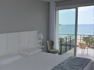 hotel with sea view valencia-hendaye