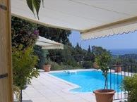villa-helios-cavalaire chez booking.com