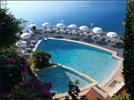 hotel with sea view vista_palace_roquebrune